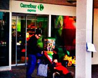 Carrefour Express de Sarriguren seguirá cerrado por el momento