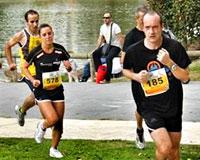 Más de 700 corredores de categorías absolutas participaron en la tercera edición de la 5&10 Kilómetros Sarriguren