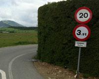 El camino que une Sarriguren con Olaz cortado por obras