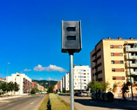 Sarriguren cuenta ya con dos radares en su principal avenida