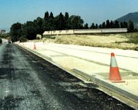 La nueva carretera de Aranguren asfaltada a su paso por Sarriguren contará con un carril bici