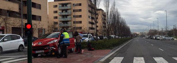 accidente_reino_navarra_sarriguren_coche