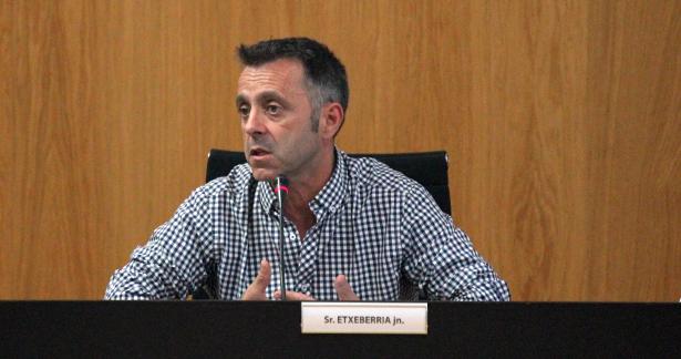 alcalde_pleno_sarriguren