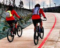 Desde hoy los menores de 16 deben usar casco al montar en bicicleta por Sarriguren