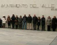 Concentración silenciosa en Sarriguren por el Día contra la Violencia de Género